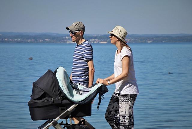 Kinderwagen Eltern Strand